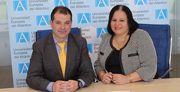 L'UNEATLÁNTICO signe un accord de coopération académique avec l'Université Internationale Ibéro-américaine de Porto Rico