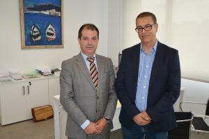 Le professeur Bouzekri Touri, aux côtés du recteur Rubén Calderón