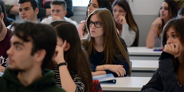 Les préinscriptions sont ouvertes pour l'année scolaire 2017-2018 pour tous les Bac+4/M1 proposés par l'UNEATLÁNTICO